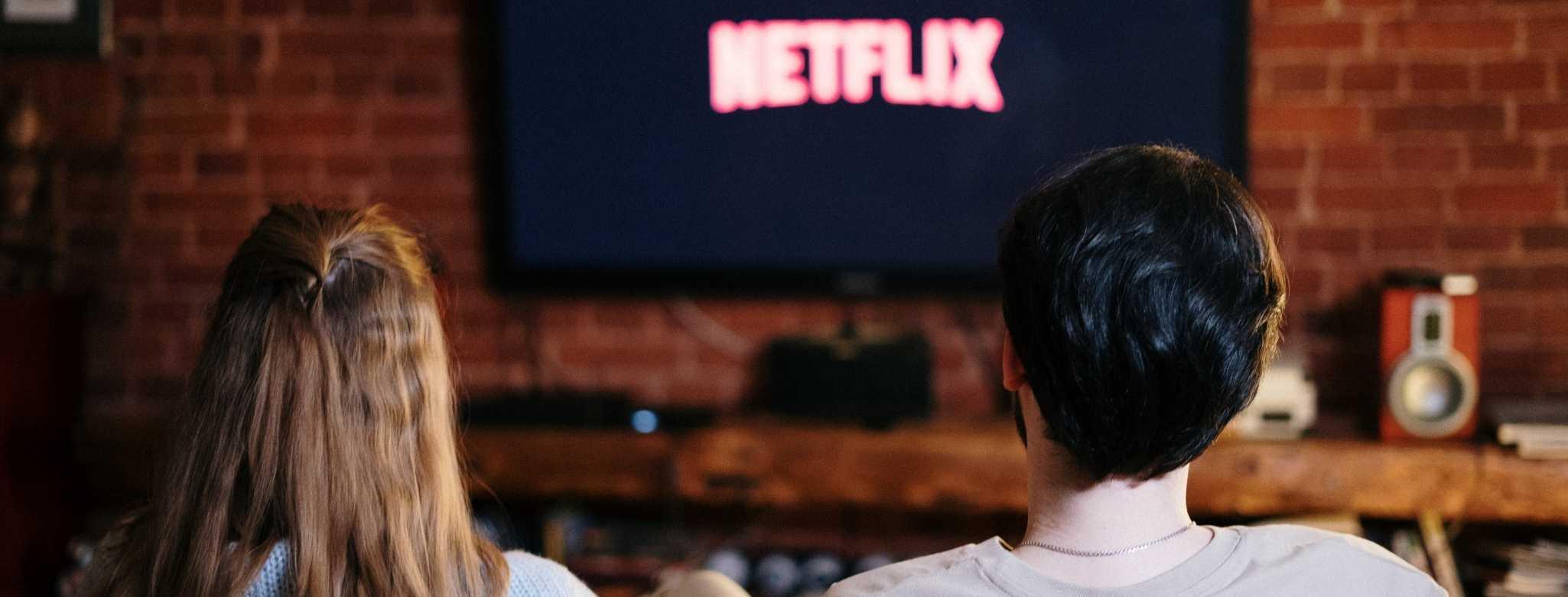 Auf der Couch Netflix schauen